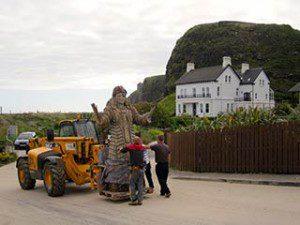 Game of Thrones filming in Downhill Northern Ireland: the first sculpture goes onto a lifter
