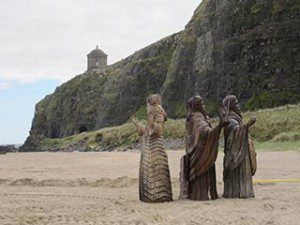 Game of Thrones film set at Downhill Beach : the sculptures begin to gather